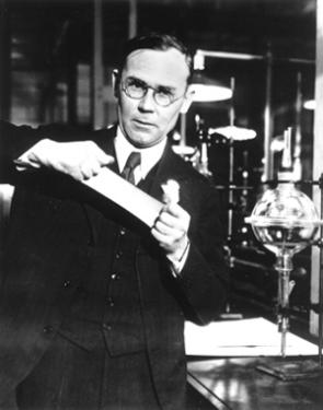 Wallace Hume Carothers (1896-1937)